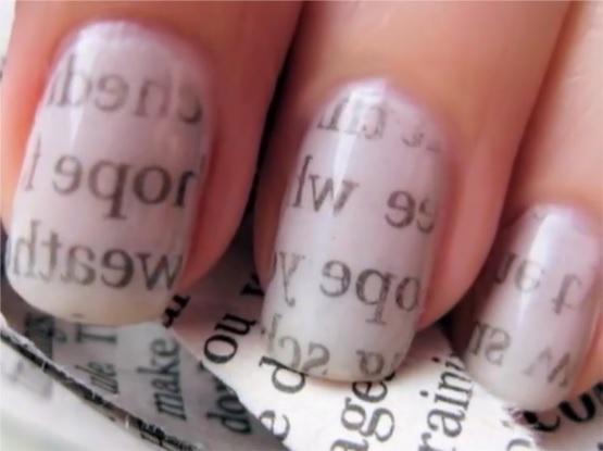 """Инструкции по созданию привлекательных """"газетных"""" ногтей"""