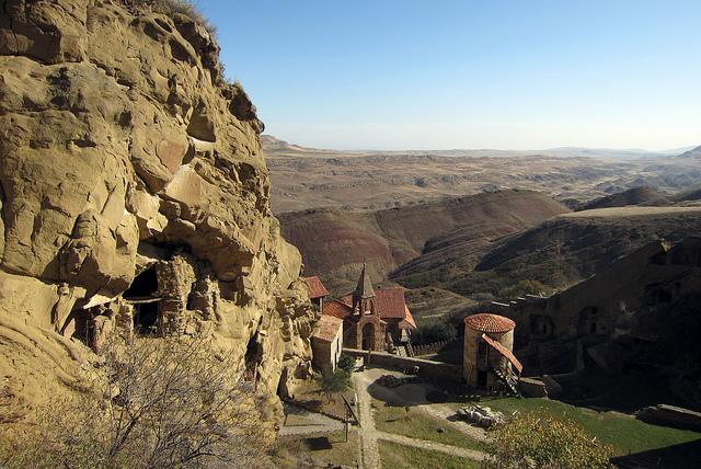 Достопримечательности Грузии: Давид-Гареджа - сокровище в уединении