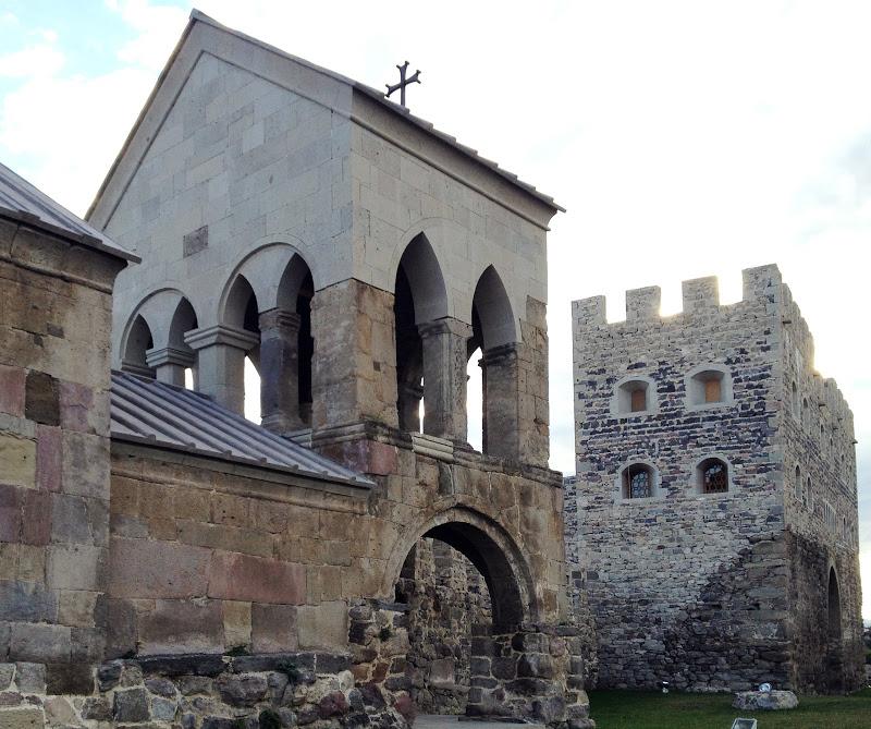 """Историко-архитектурный музейный комплекс """"крепость Рабат"""""""