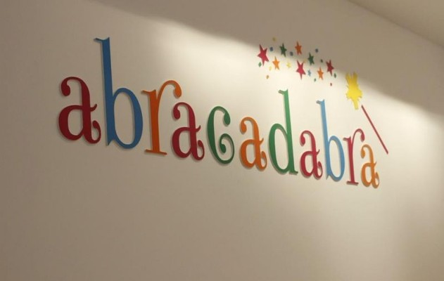 Salon for kids abracadabra in tbilisi on for Abrakadabra salon