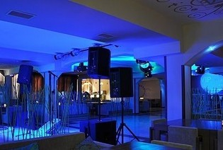 Tbilisi clubs  Night clubs, striptease clubs and parties in Tbilisi